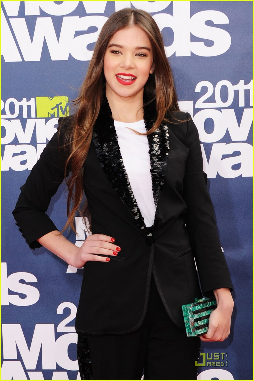 hailee steinfeld mtv movie awards 05