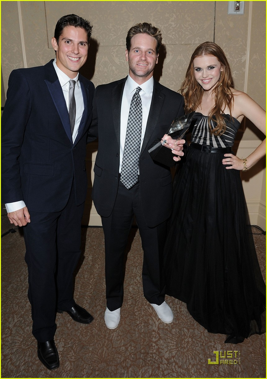 holland roden colton haynes thirst 05