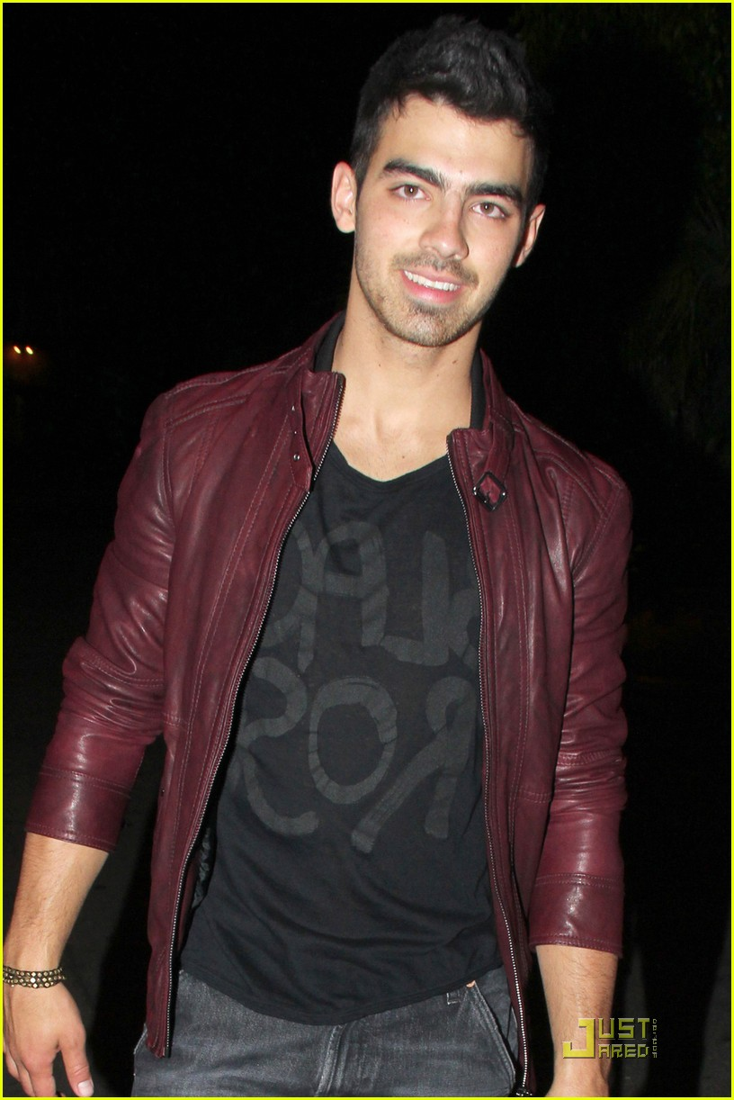 joe jonas pinz party 01
