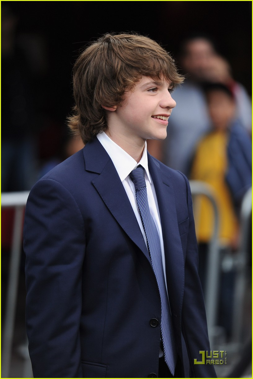 joel courtney super 8 premiere 15