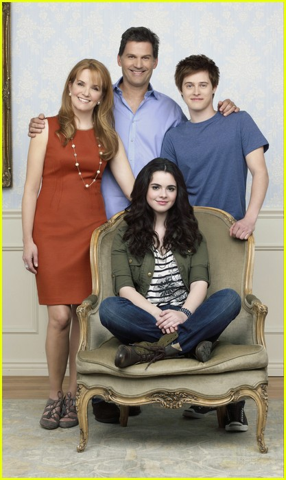 vanessa marano lucas grabeel sab 02