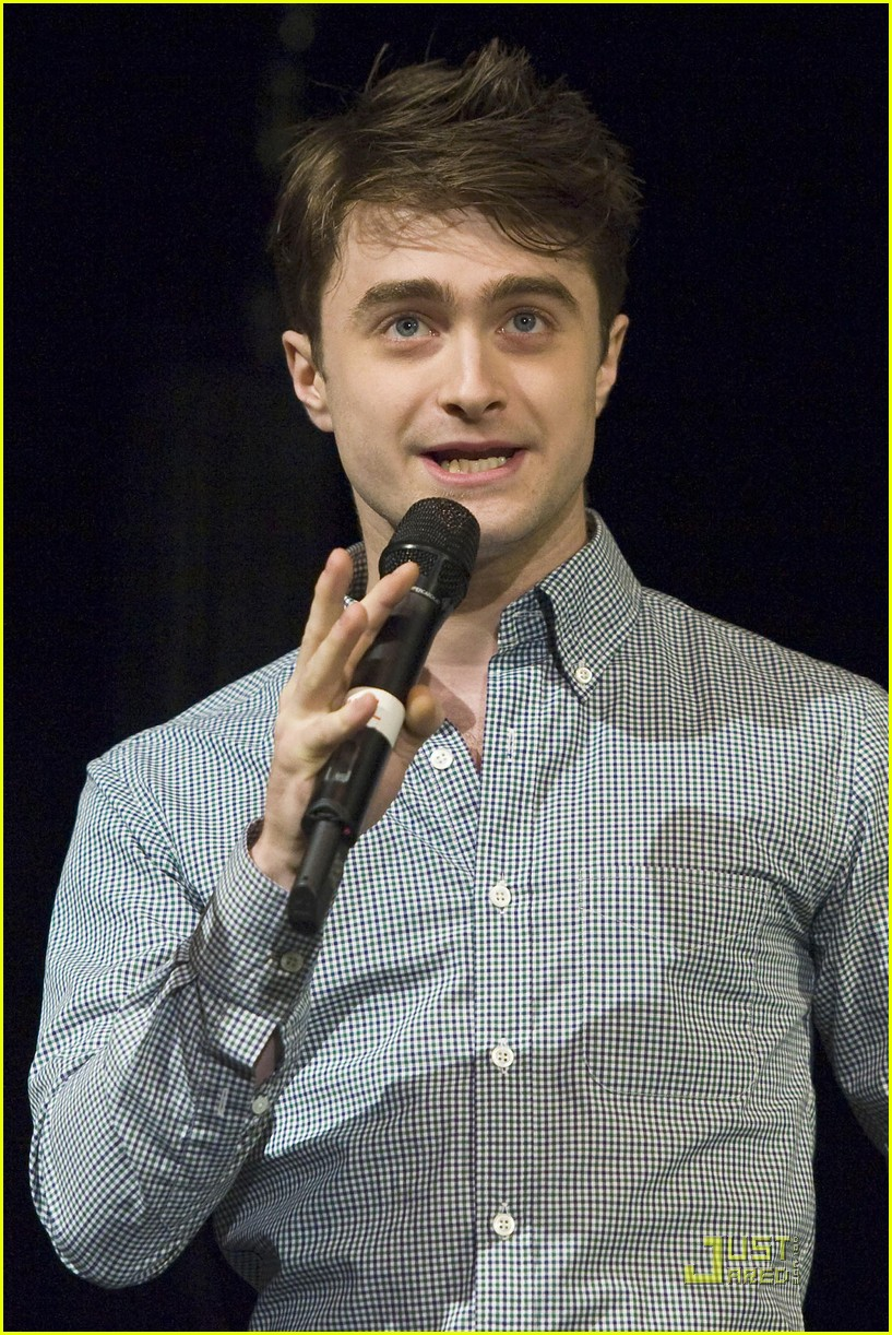 daniel radcliffe broadway jr 05