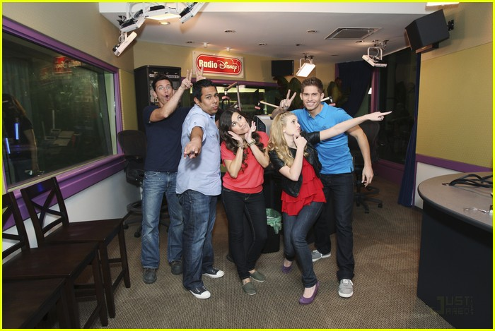 radio disney gets hgtvd 03