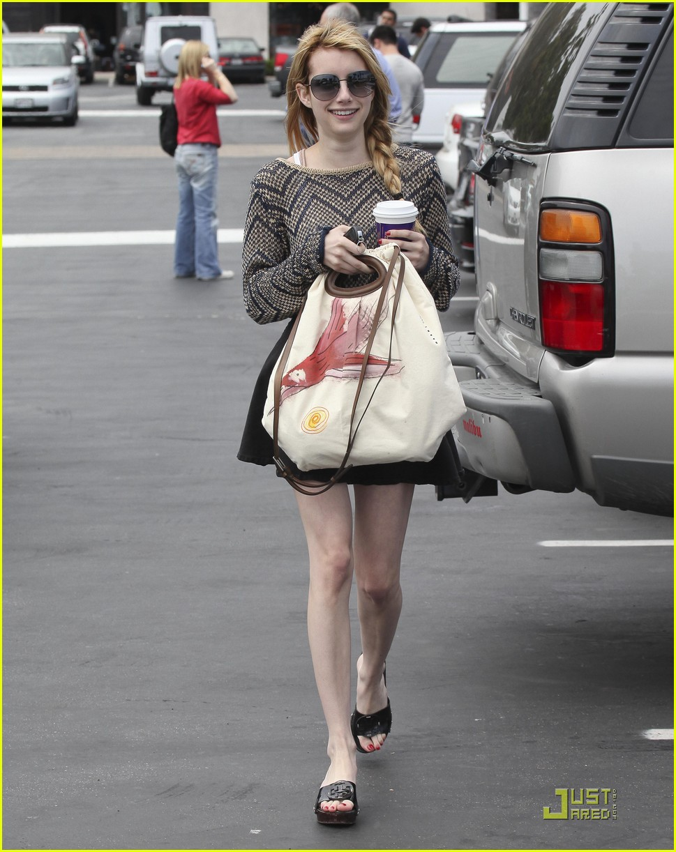emma roberts coffee bean 04