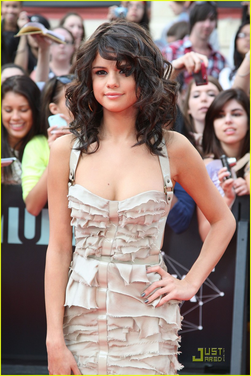 selena gomez mmva awards 02