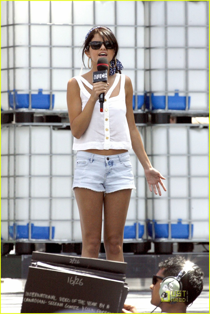 selena gomez mmva awards 06