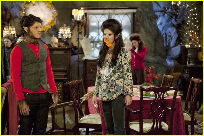 selena gomez werewolf parents 11