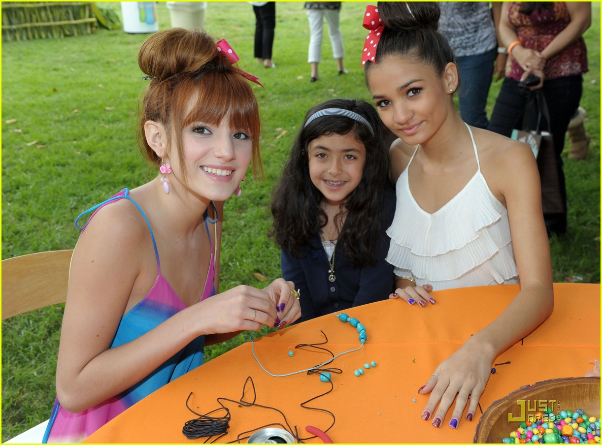 zendaya bella thorne time heroes 02