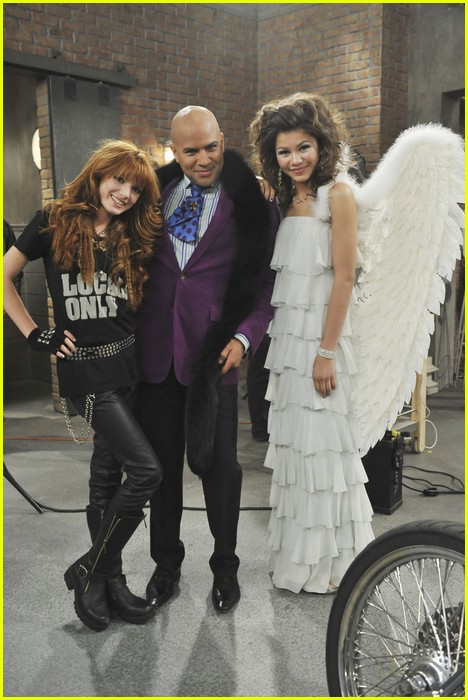 zendaya model it up 11