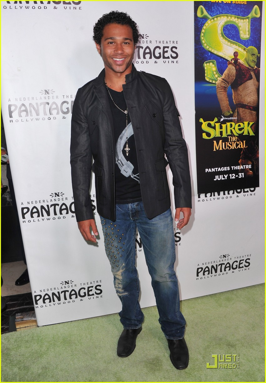corbin bleu shrek musical 02