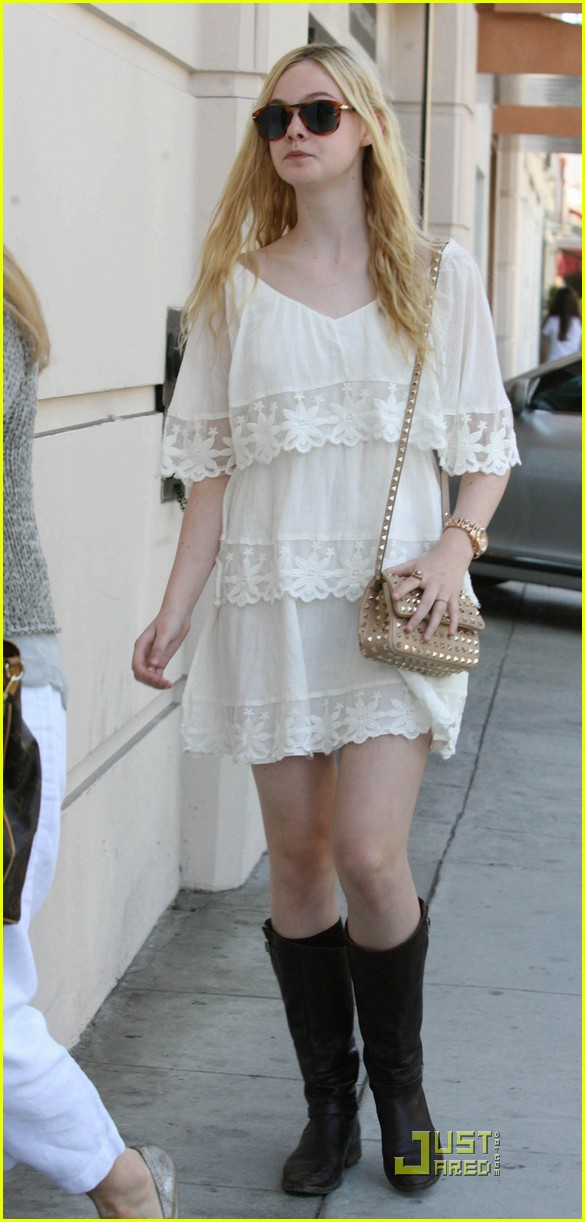 elle fanning twixt first pic 06