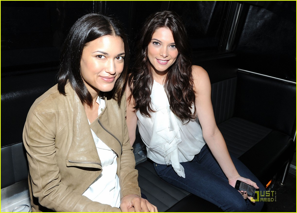 ashley greene nikki reed bd 04