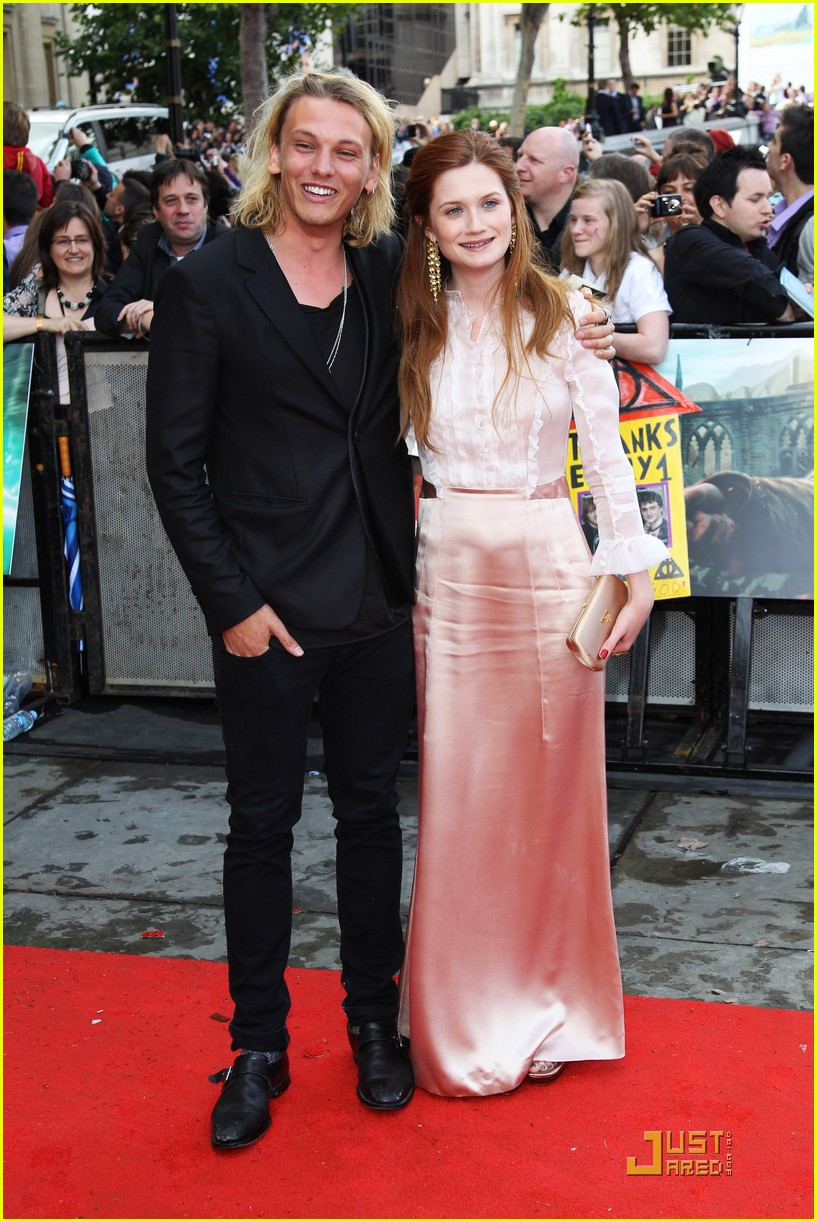 bonnie wright jamie bower hp premiere 11