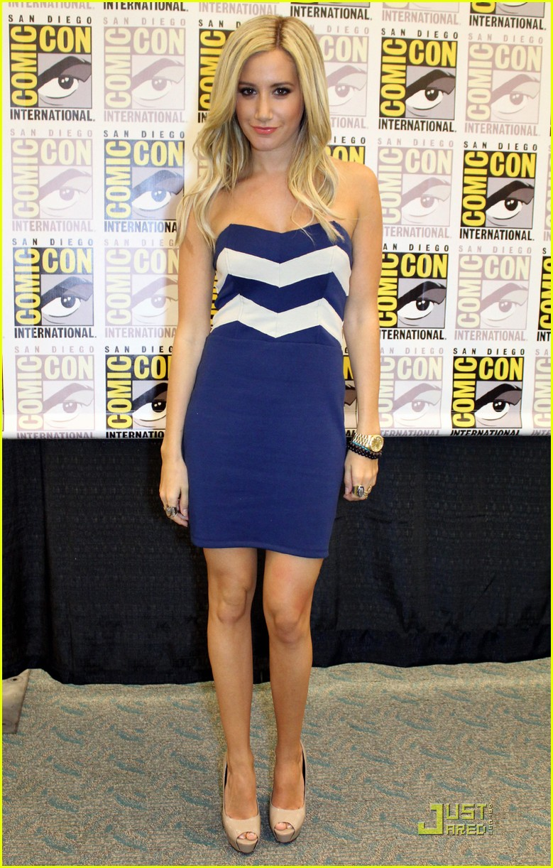 ashley tisdale jjj comiccon 02