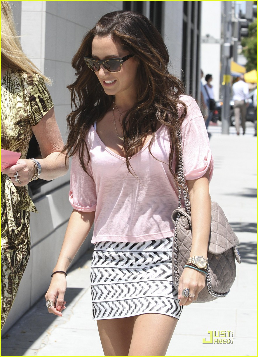 ashley tisdale bday shopping 10