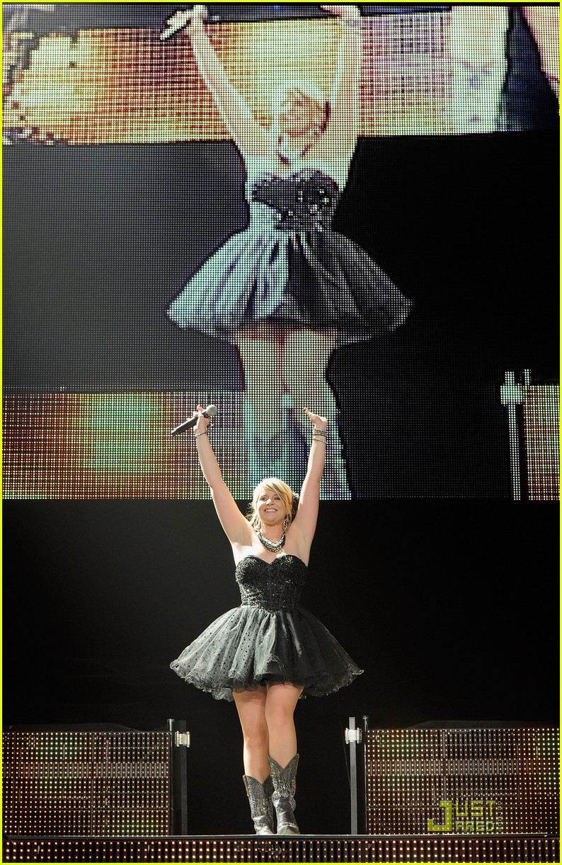 lauren alaina scott newark 16
