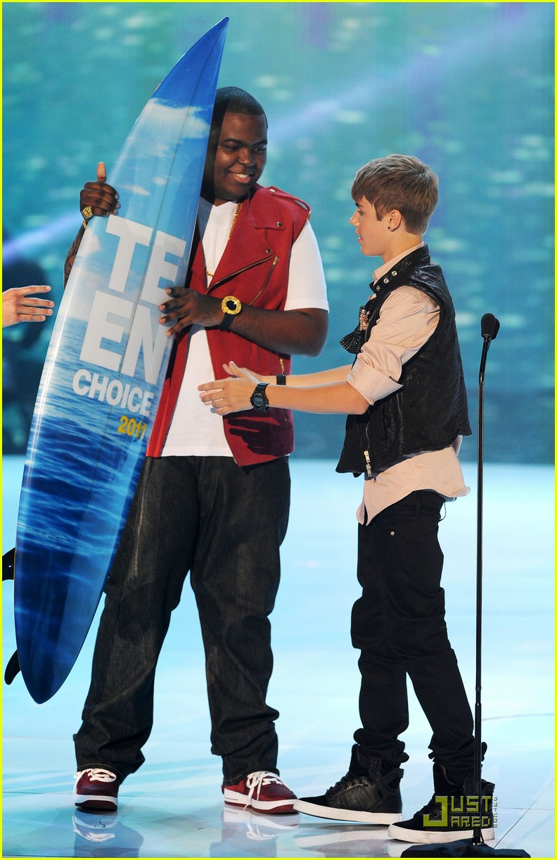 justin bieber teen choice 01