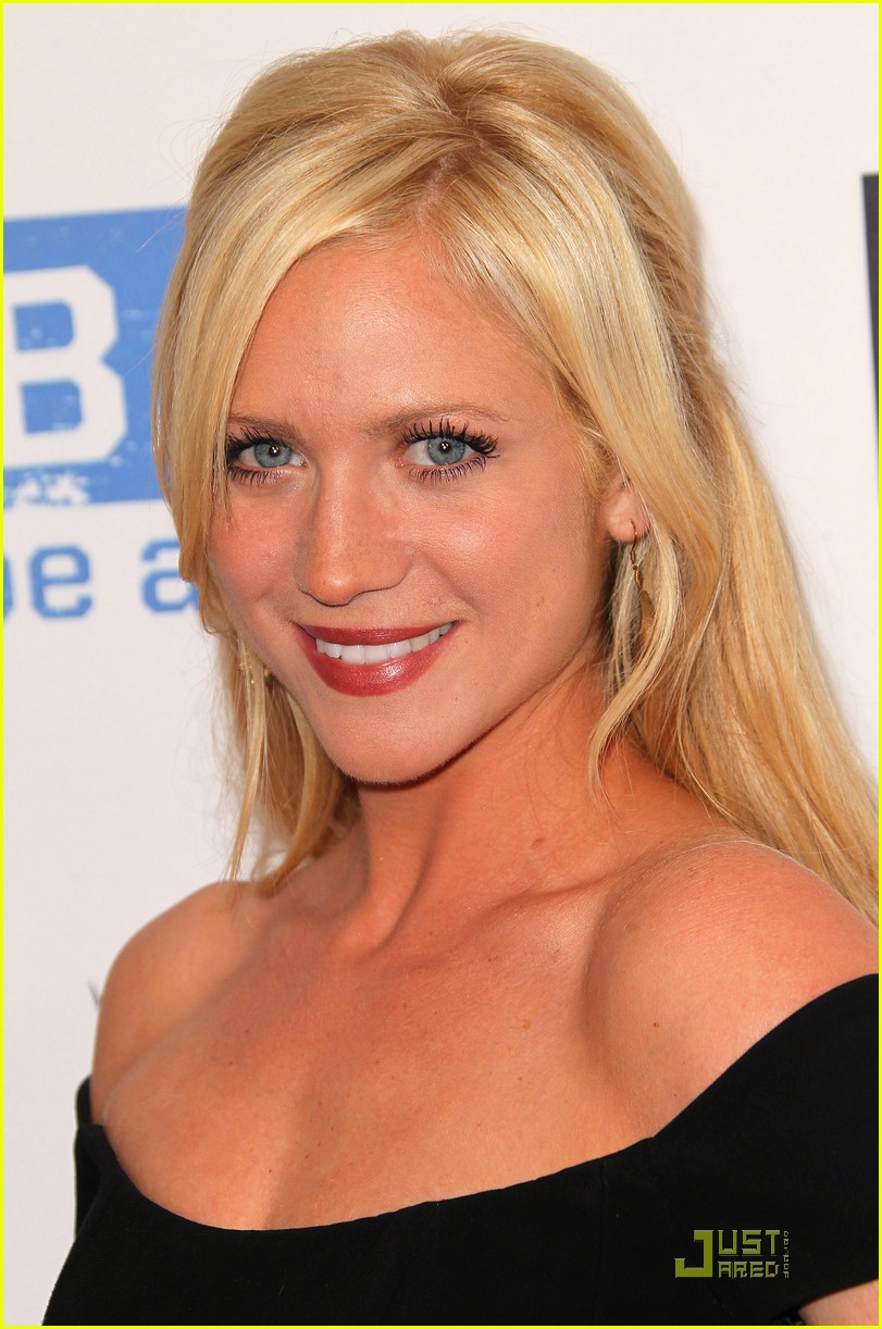 brittany snow be star 03
