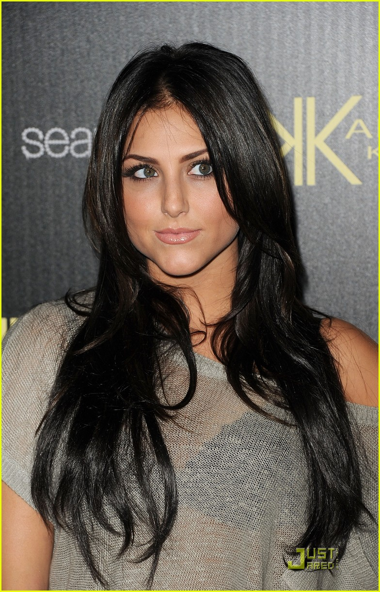 cassie scerbo kardashian launch 02