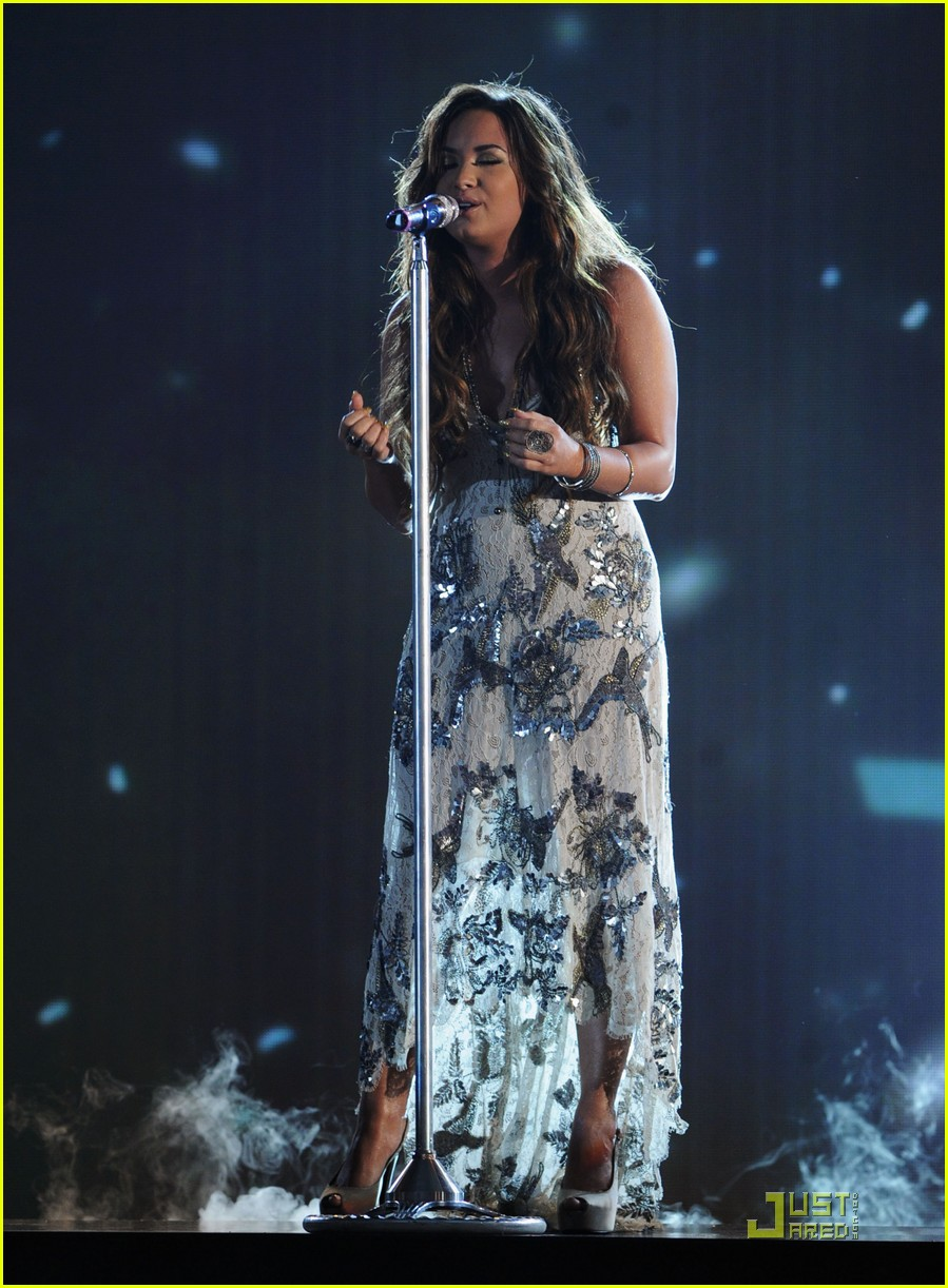 demi lovato do something awards 20