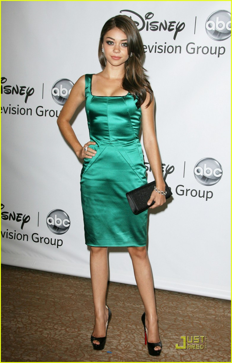 sarah hyland ariel winter abc party 16