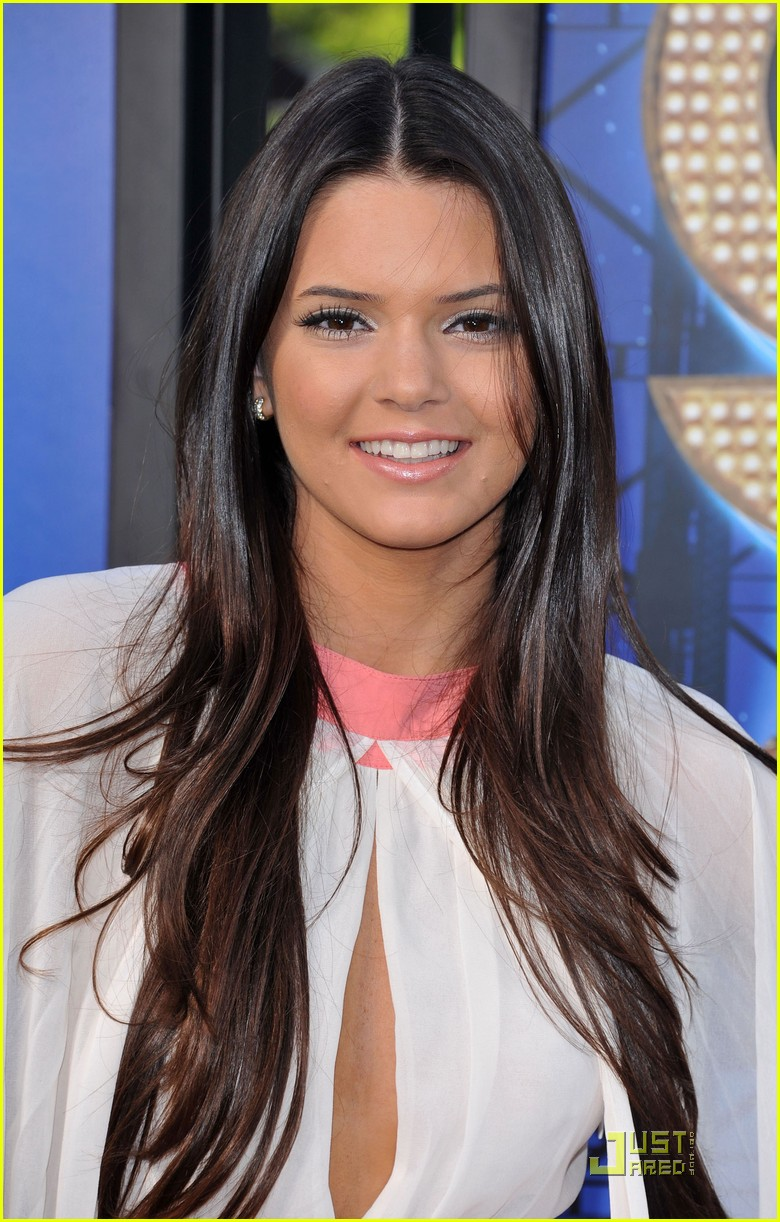 kylie kendall jenner glee tcas 11