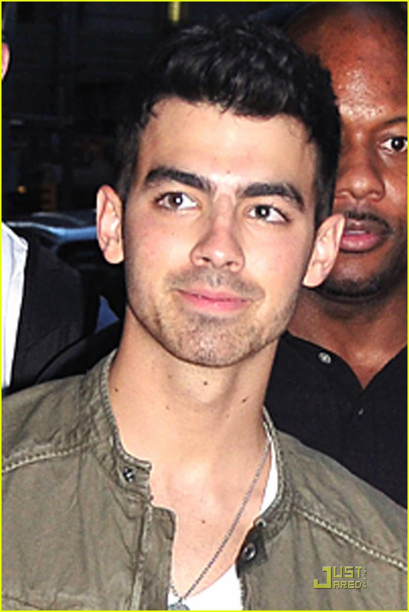 joe jonas letterman 02