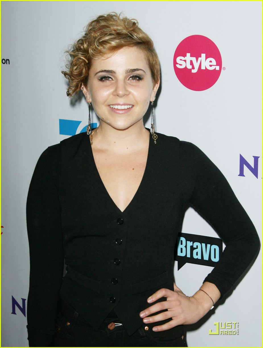 mae whitman nbc party 10