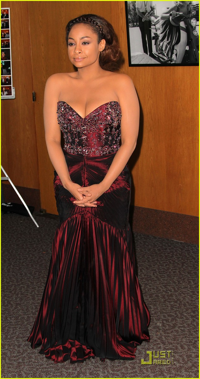 raven symone naacp theatre awards 04