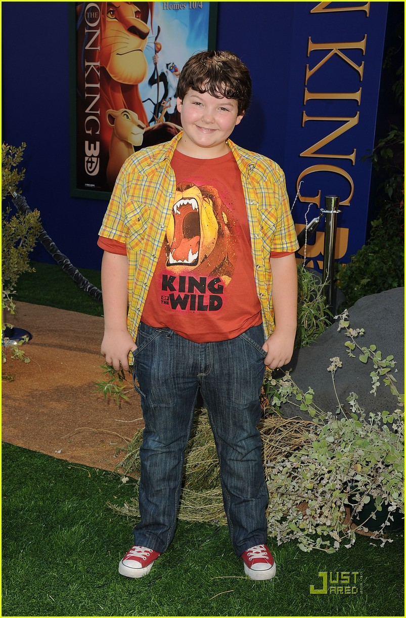 stefanie scott ryan ochoa lion king 19