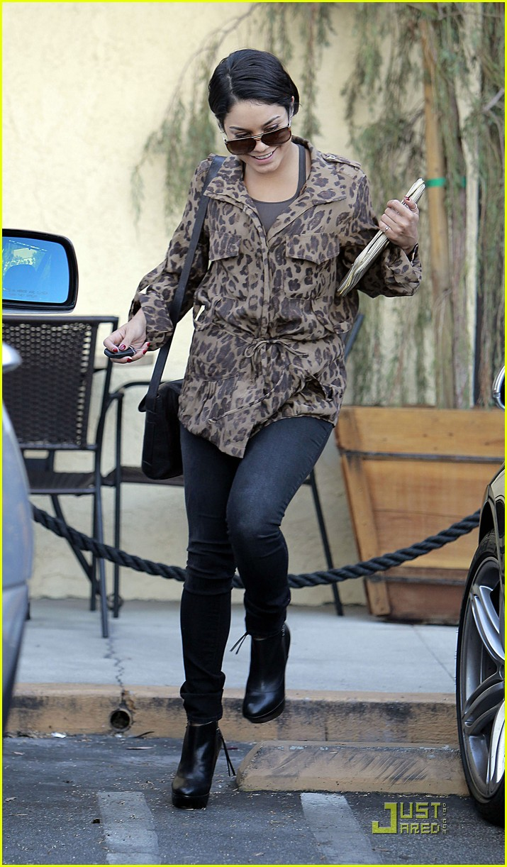 vanessa hudgens ticket leopard 11