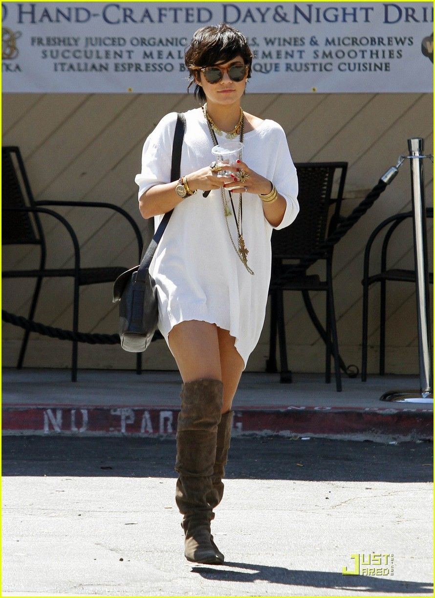 vanessa hudgens shirt dress 13