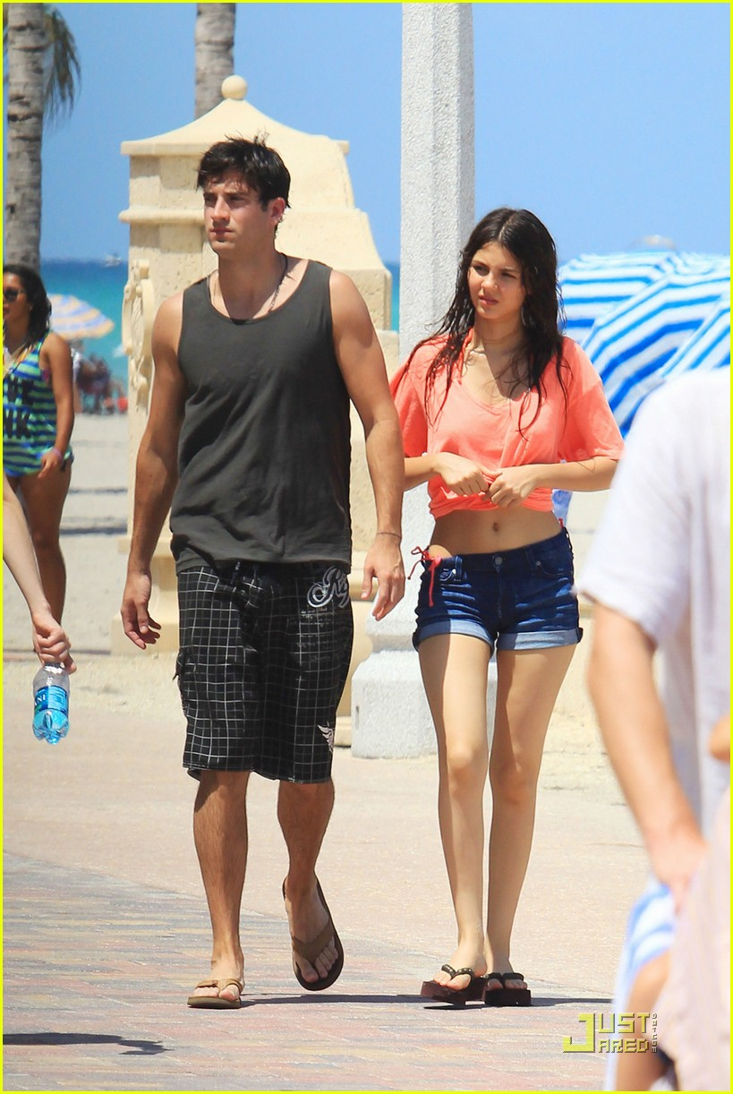 victoria justice ryan rottman miami 02