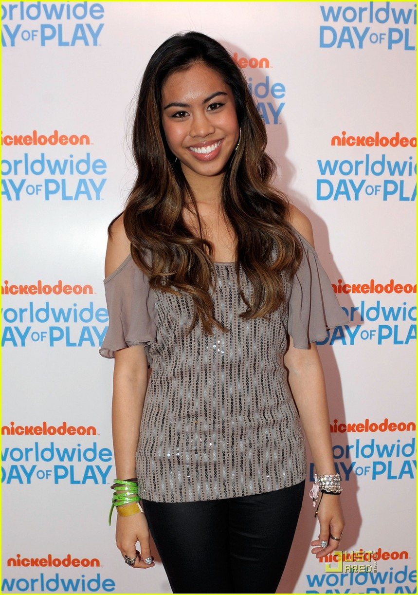 ashley argota wwdp bucket 18