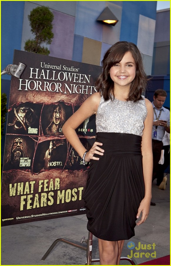 bella thorne bailee madison eyegore 09