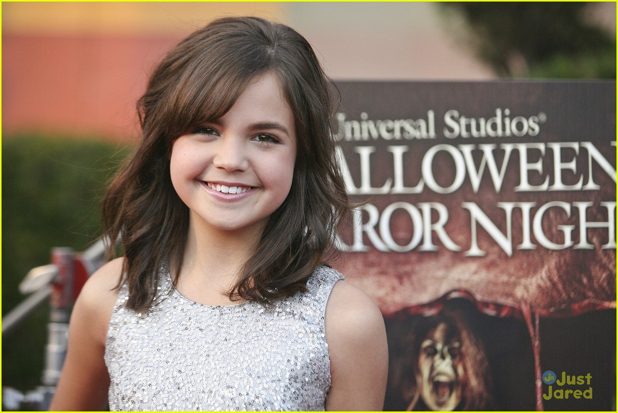 bella thorne bailee madison eyegore 15