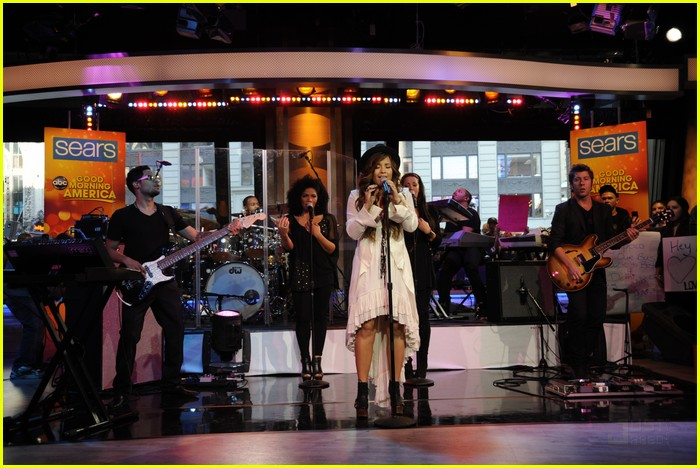 demi lovato good morning america 02