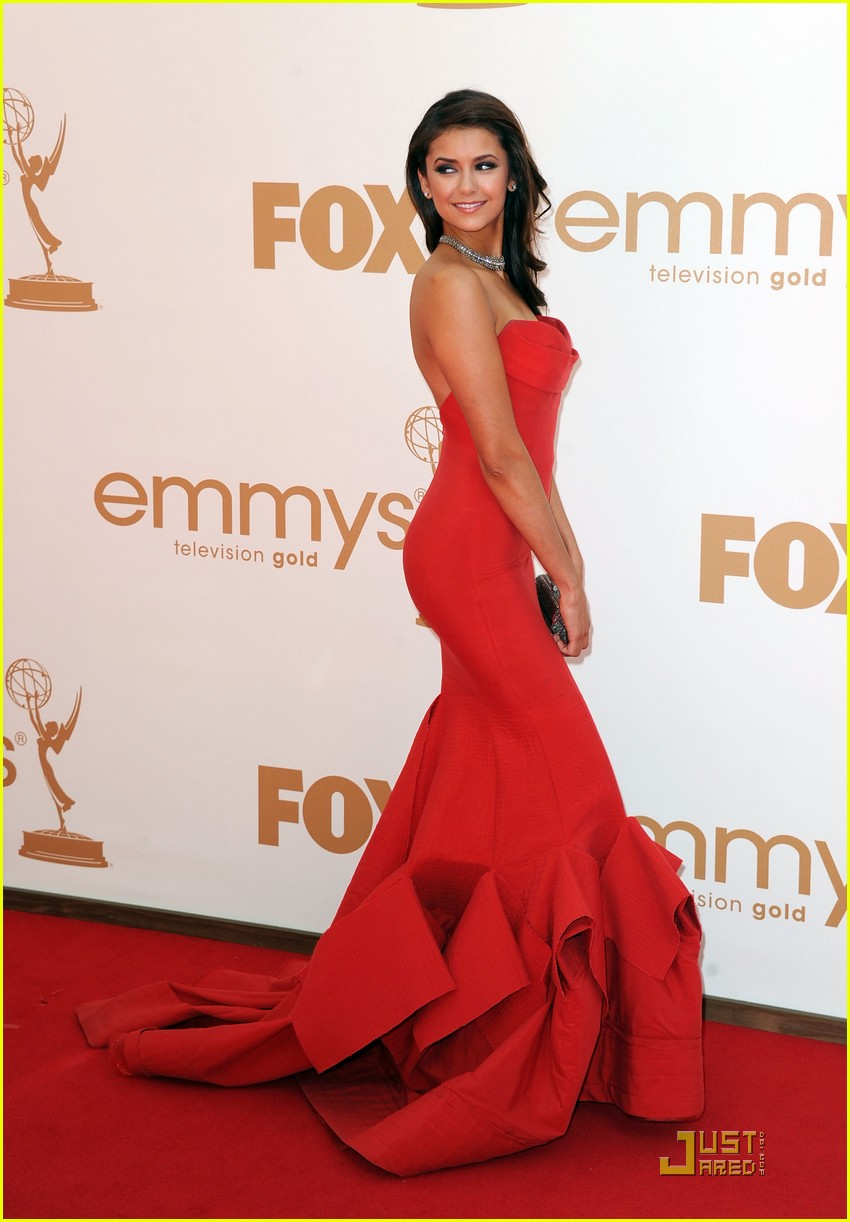 nina dobrev emmy awards 03