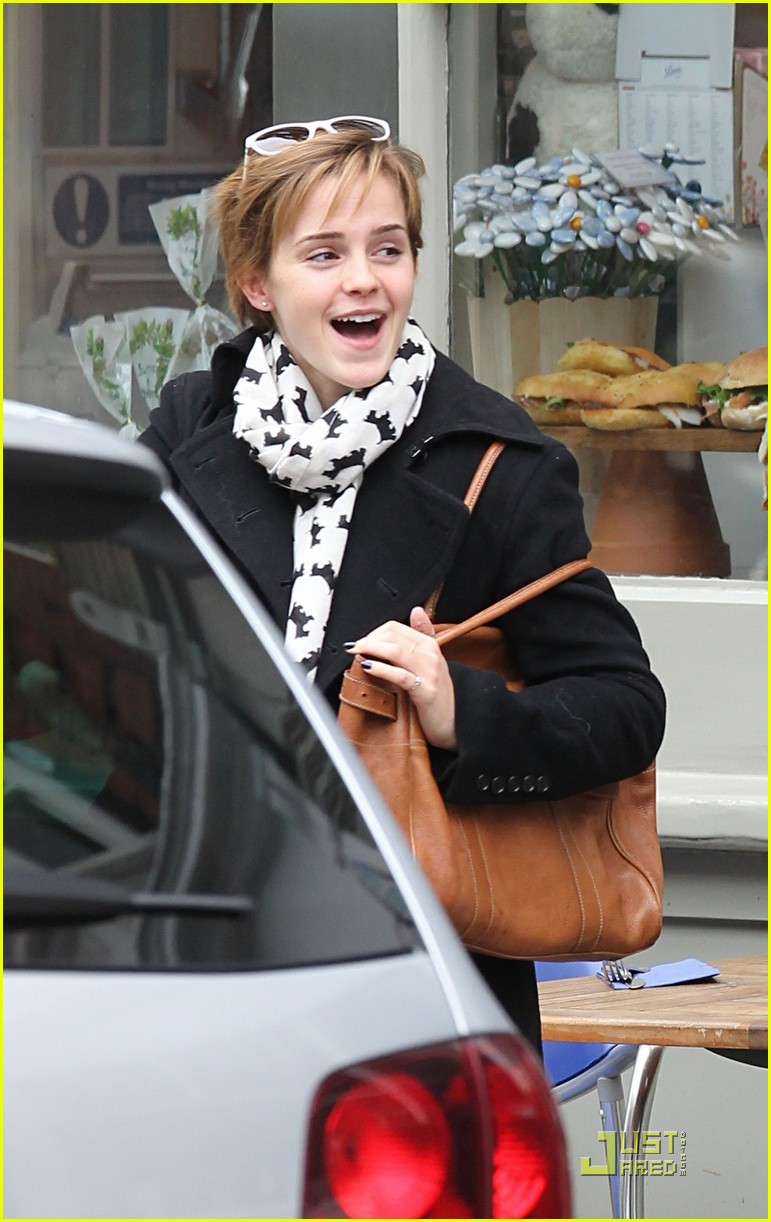 emma watson bundle breakfast 03