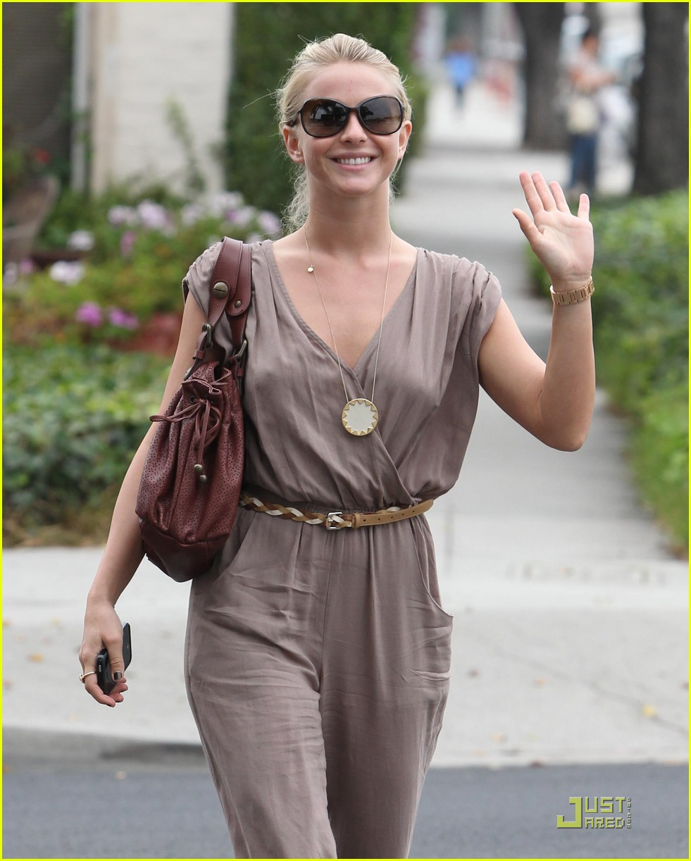 julianne hough salon 06