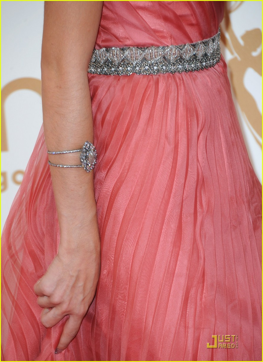 sarah hyland emmy awards 04