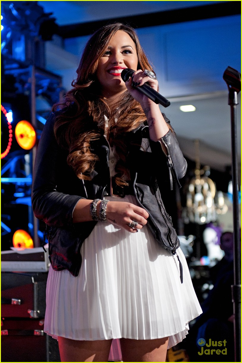demi lovato z100 jingle ball 07