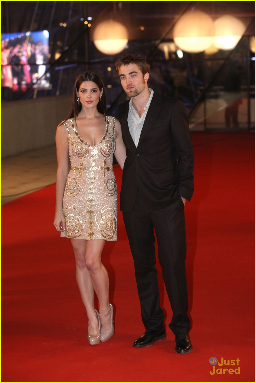 ashley greene rob pattinson brussels 06