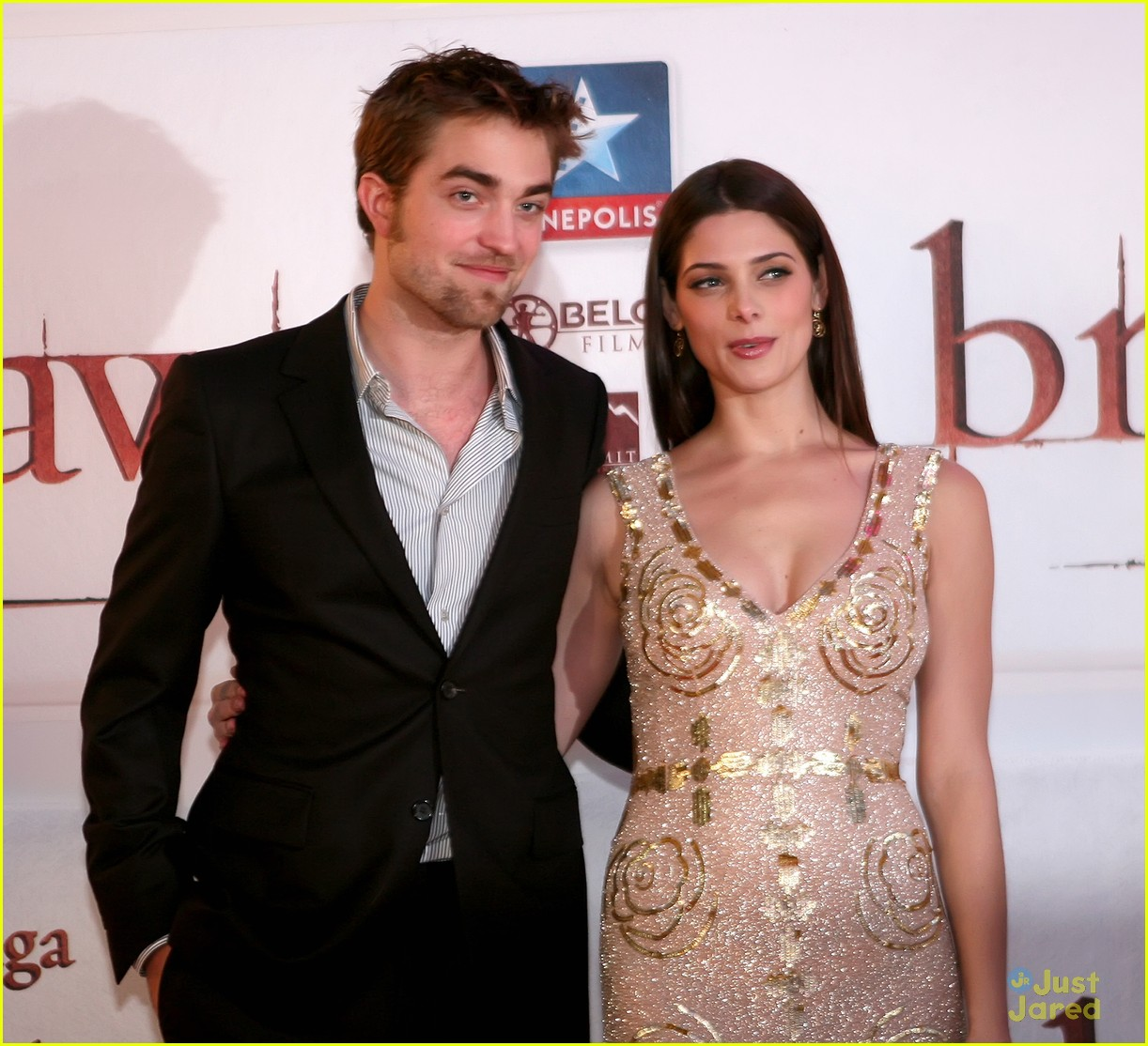 ashley greene rob pattinson brussels 15