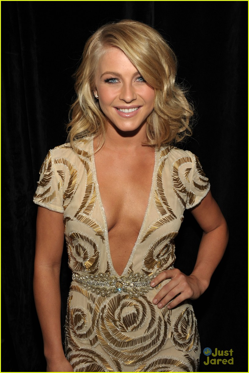 julianne hough hollywood film awards 06
