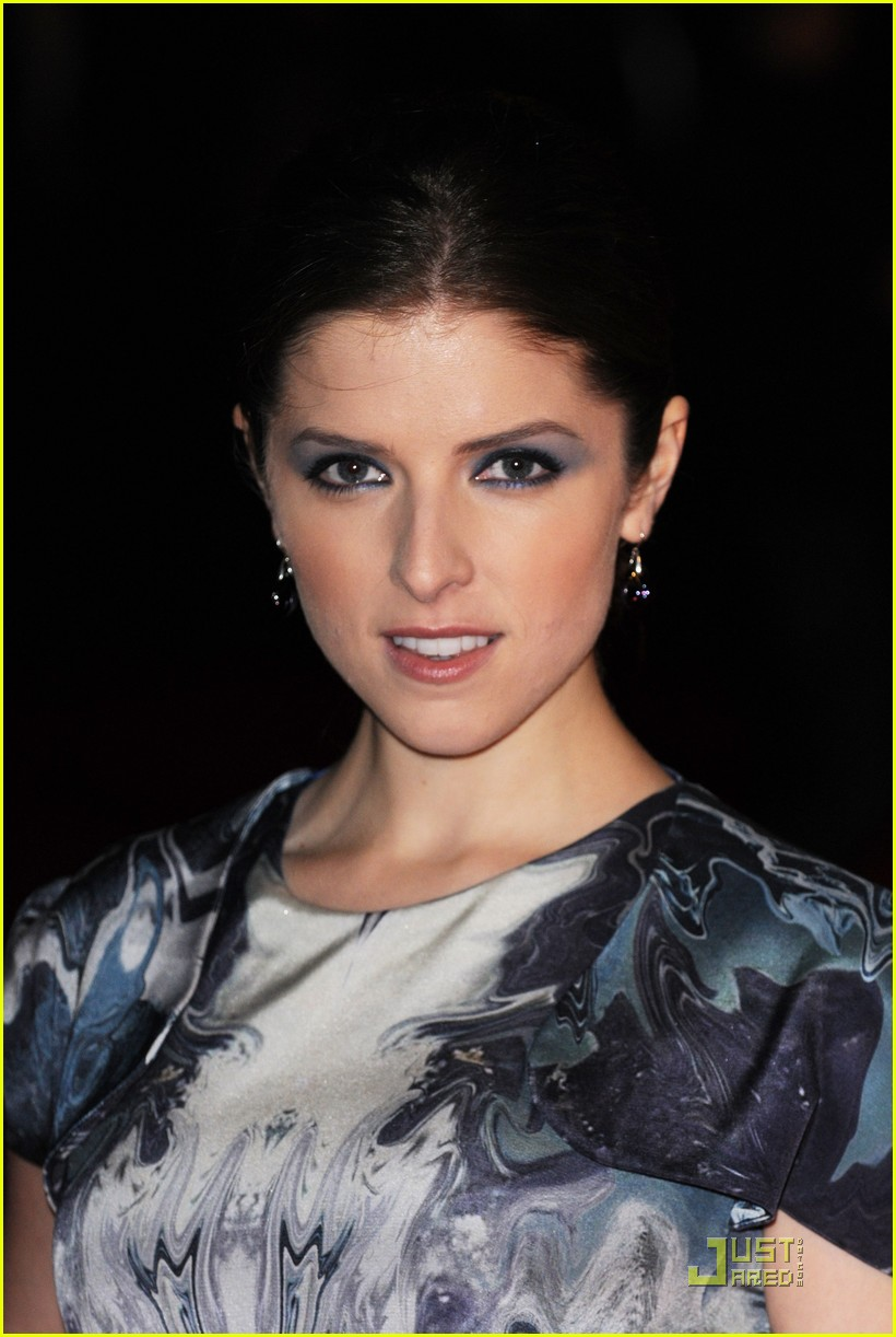 anna kendrick 5050 london 07