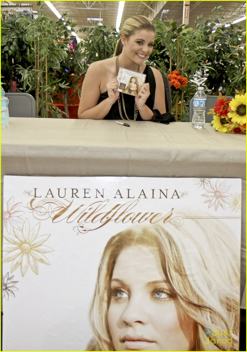 lauren alaina taylor swift walmart 01