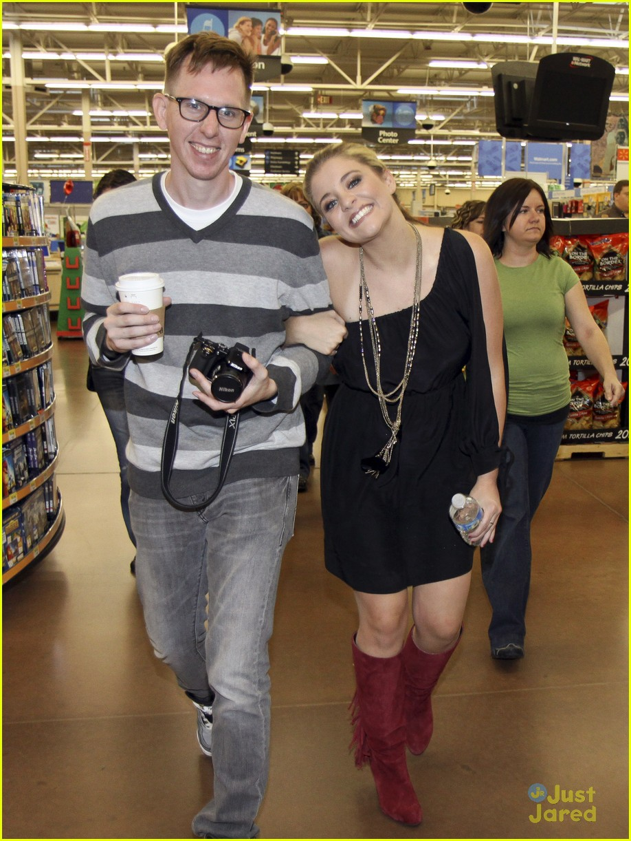 lauren alaina taylor swift walmart 04