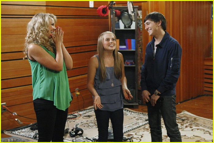 tiffany thornton leo howard prankstars 04