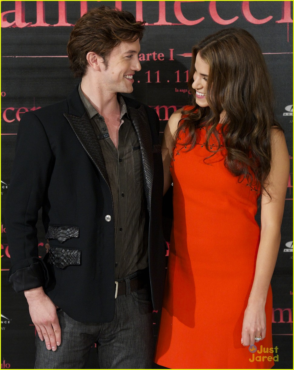 nikki reed jackson rathbone madrid 01